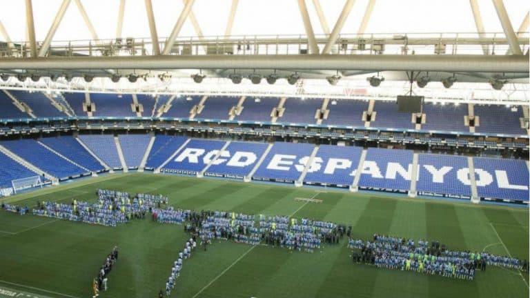 El RCDE Stadium tiene un problema