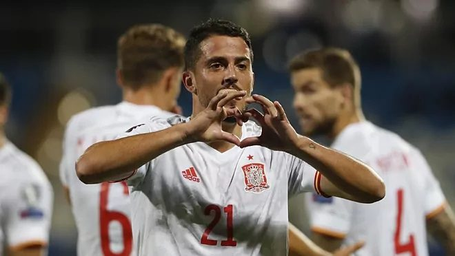 España se lleva una victoria de seis puntos