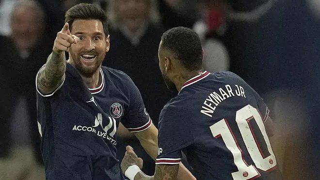 Messi se estrena castigando a Guardiola y el PSG fulmina al City